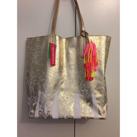 004cf67958 Lilly Pulitzer Handbags - NWT Lilly pulitzer reversible shopper tote